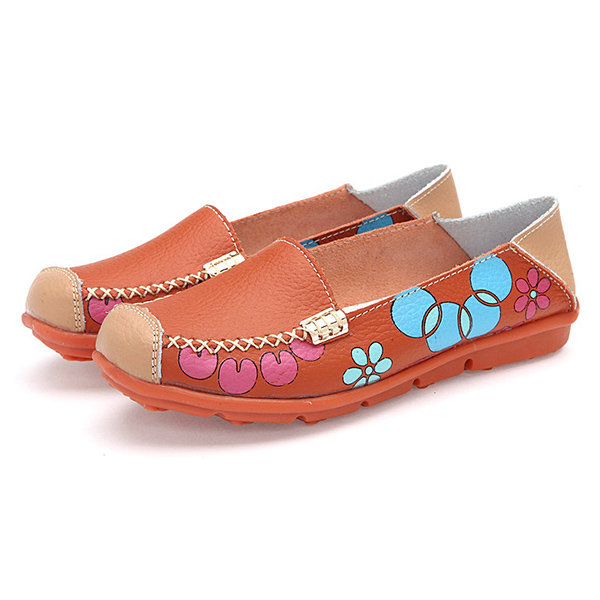 Leather Floral Print Color Match Soft Sole Comfortable Slip On Flat Shoes