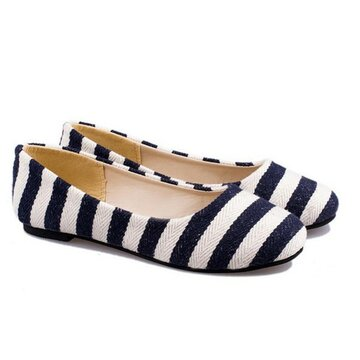 Stripe Color Match Round Toe Shallow Mouth Slip On Flat Shoes от Newchic.com INT