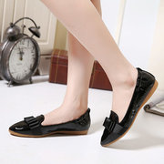 Egg Roll Folded Butterflyknot Pointed Toe Flat Shoes