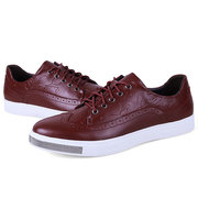 Men Leather Vintage Retro Pattern Lace Up Casual Brogue Shoes