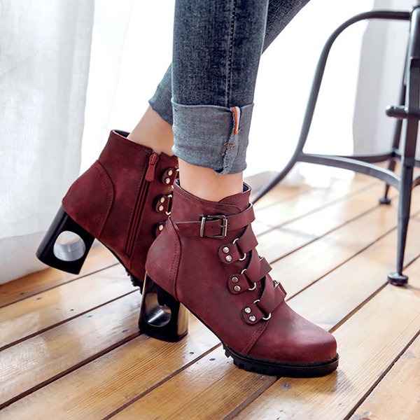 Hollow Chunky Heel Boots, Black wine grey