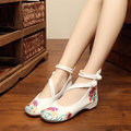 Вышитые кружевные цветы Chineseknot Flat Vintage Flower Mary Janes Loafers