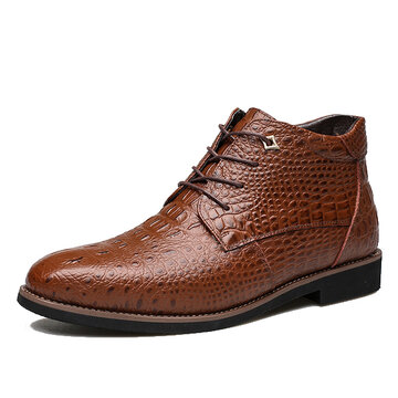 Big Size Mesh Crocodile Pattern Pointed Toe Leather Short Boots For Men