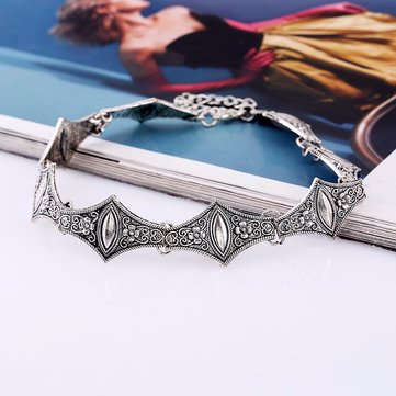 Bohemian Carve Flower Pattern Alloy Choker Necklace